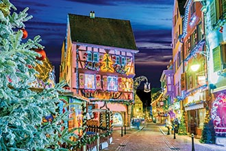 Photo of Holiday Markets ~ The Festive Rhine River